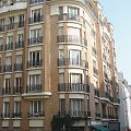 Paryż, Luxemburg, narożne domki z kawiarniami mają swoj urok #Paryż #Luxembur #parki #Sorbona #studenci #Sekwana