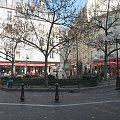 Paryż plac z fontanną w dzielnicy Luxemburg #Paryż #Meczet #Sekwana #zwiedzanie #Sorbona #kawiarnie