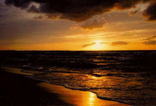 Skan z odbitki. Międzyzdroje i kolejny zachód słońca, ale to można przecież bez końca :) #ZachódSłońca