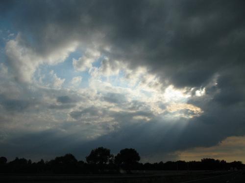 ... przez okno w samochodzie ... #niebo #chmury #natura #podróż