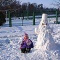 niedziela na wesoło ... #bałwan #dzieci #śnieg #zima #wnuczka #Sławięcice