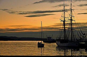 powrót do portu #morze #zachód #woda #scenerie