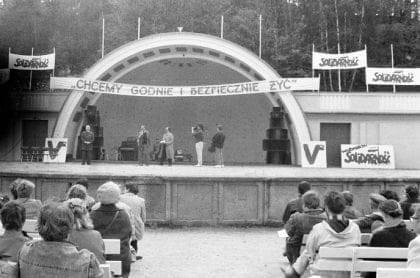 Wiec przedwyborczy Komitetu Obywatelskiego w Gdyni w 1989