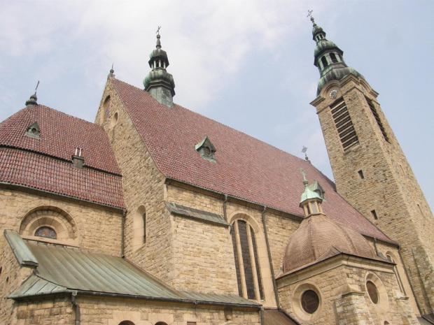 Bazylika Matki Boskiej Bolesnej w Limanowej wybudowana w latach 1911-1918 z piaskowca.