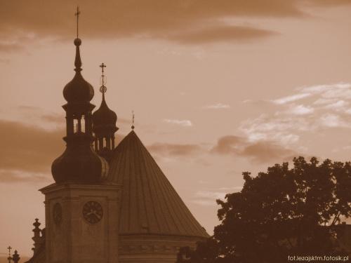 Klasztor o. Bernardynów w Leżajsku #bernardyni #bernardynów #historia #jesień #klasztor #sepia #kościół #krajobraz #lezajsk #lezajsktm #leżajsk #Polska #widok #zabytek #zabytki
