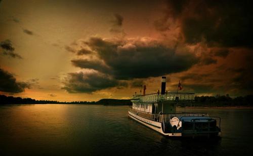 stateczkiem w górę Wisły