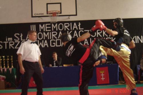 Yevgen Pechenyy podczas walki light contact do 79 kg.